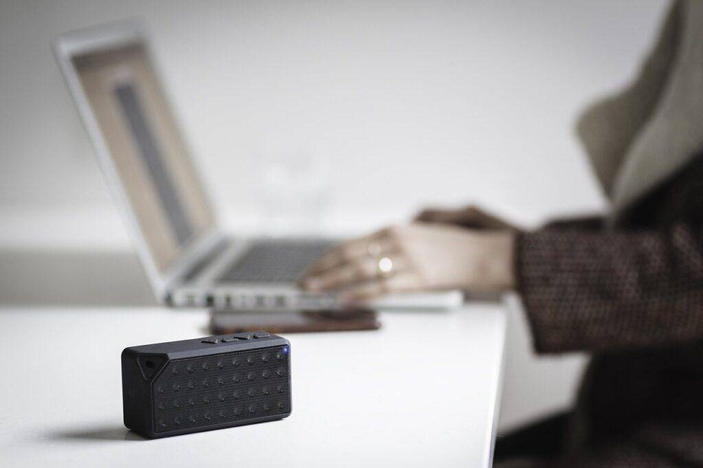 Bluetooth Speaker and Laptop Pairing